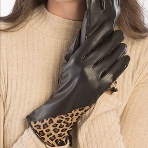 Women's Faux Leather Black Gloves Cheetah Print